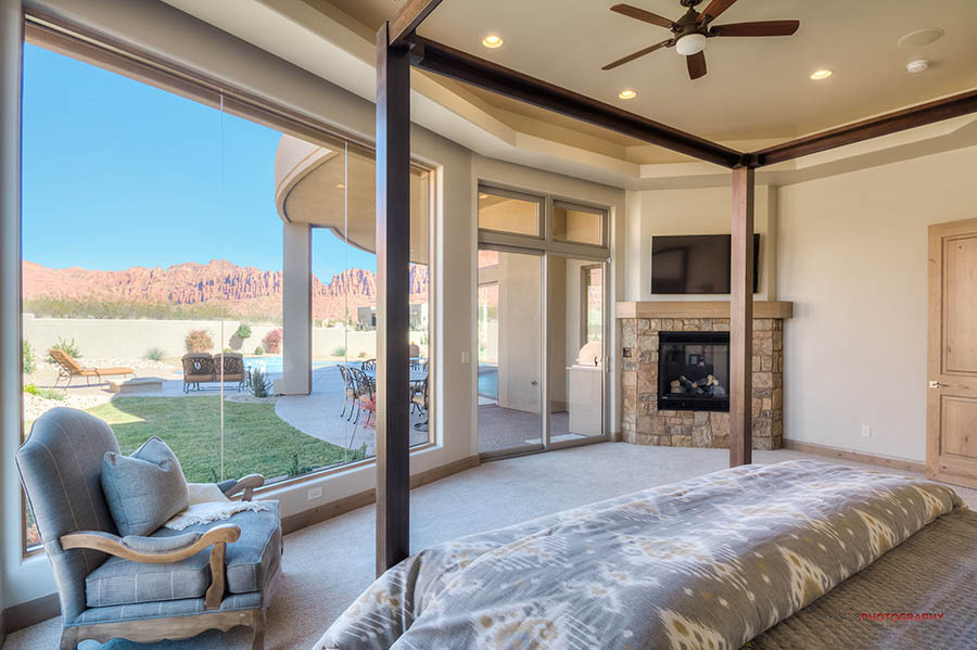 Building The Ideal Master Bedroom Suite In Your Luxury Home